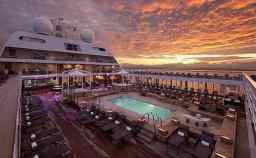 Seabourn-Odyssey-Pool.jpg